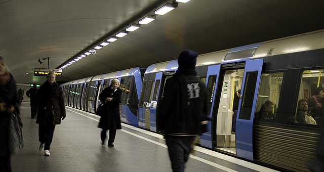 subway.jpg.640x340_q85_crop