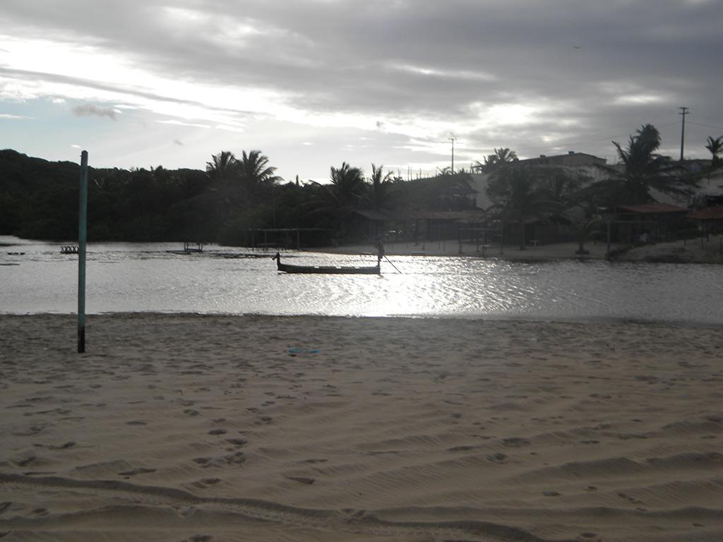 Mangue é fonte de turismo e subsistência.