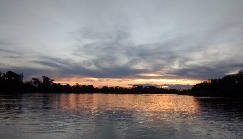 Vista do rio Paraguai na cidade de Cáceres, Mato Grosso  © Juan Pratginestos / WWF