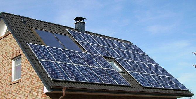 solar-panel-array-1591358__340