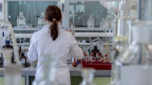 laboratory-2815641__340